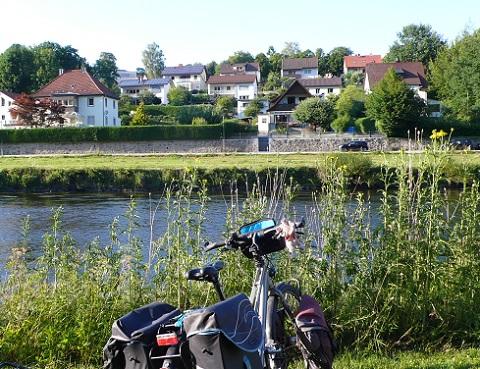 Découvrez les 3 grands itinéraires cyclables qui traversent la Normandie